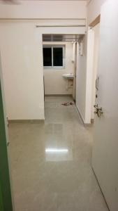 Gallery Cover Image of 270 Sq.ft 1 BHK Apartment for rent in Prabhadevi for 16000