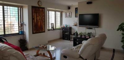 Gallery Cover Image of 900 Sq.ft 2 BHK Apartment for rent in Khar West for 125000