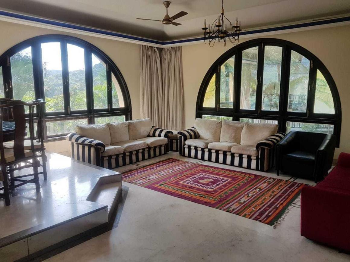 Living Room Image of 5000 Sq.ft 4 BHK Independent House for buy in Goregaon East for 70000000