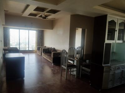 Gallery Cover Image of 1000 Sq.ft 2 BHK Apartment for rent in Landmark Towers, Dadar East for 85000