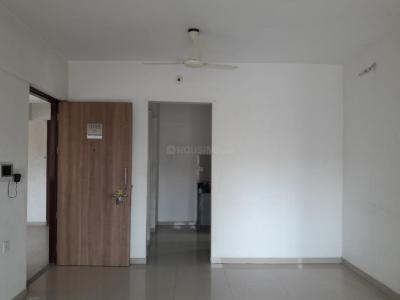Gallery Cover Image of 909 Sq.ft 2 BHK Apartment for rent in Palava Phase 1 Nilje Gaon for 12000