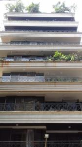 Gallery Cover Image of 1887 Sq.ft 4 BHK Apartment for rent in Santacruz West for 200000