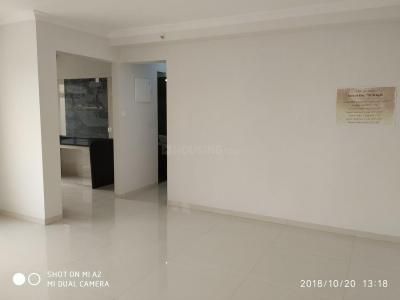 Gallery Cover Image of 650 Sq.ft 2 BHK Apartment for buy in Borivali West for 19500000