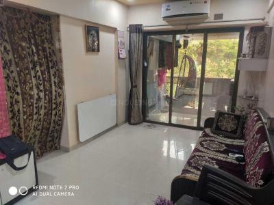 Gallery Cover Image of 620 Sq.ft 1 BHK Apartment for buy in Aakash Ganga Complex, Thane West for 6000000