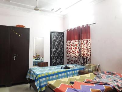 Bedroom Image of Meet House PG in Pitampura