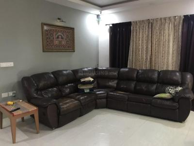 Gallery Cover Image of 2100 Sq.ft 3 BHK Apartment for rent in Indira Nagar for 60000