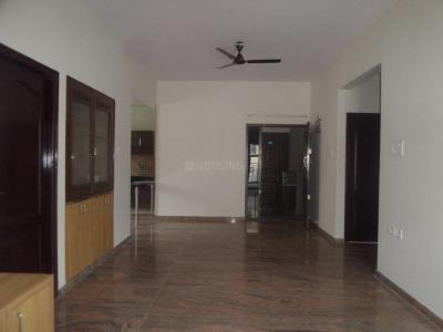 Gallery Cover Image of 1300 Sq.ft 3 BHK Apartment for rent in 5th Phase for 22000