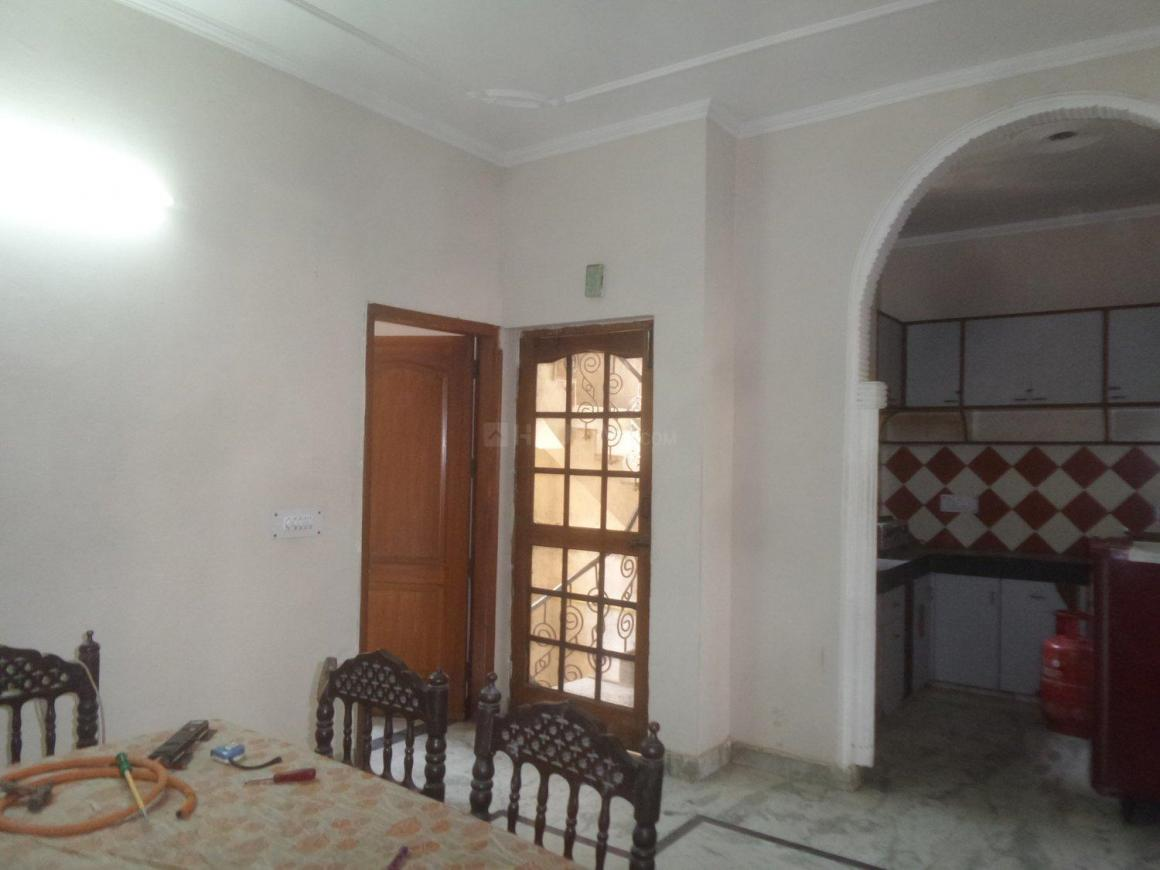 Living Room Image of 1410 Sq.ft 3 BHK Independent Floor for rent in Sector 14 for 30000
