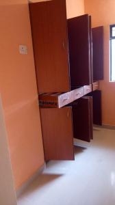 Gallery Cover Image of 670 Sq.ft 1 BHK Apartment for rent in Cosmos Heritage, Thane West for 17000