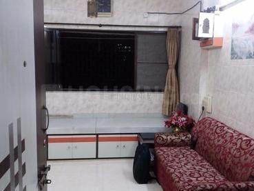 Gallery Cover Image of 610 Sq.ft 1 BHK Apartment for rent in Kandivali East for 23000