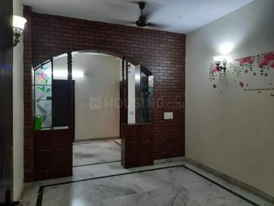 Gallery Cover Image of 1600 Sq.ft 3 BHK Independent Floor for rent in Sector 51 for 24000