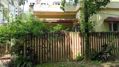 Gallery Cover Image of 1620 Sq.ft 3 BHK Independent House for buy in Salt Lake City for 16000000