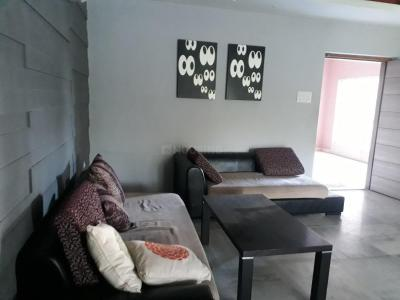 Gallery Cover Image of 1145 Sq.ft 2 BHK Apartment for rent in Topsia for 35000