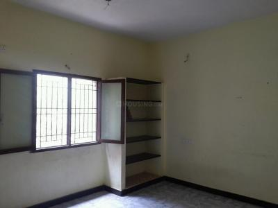 Gallery Cover Image of 450 Sq.ft 1 BHK Apartment for rent in Valasaravakkam for 7500