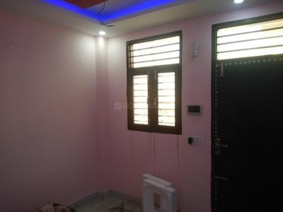 Gallery Cover Image of 720 Sq.ft 1 BHK Independent Floor for buy in Sector 11 for 1500000