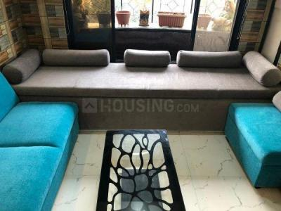 Gallery Cover Image of 800 Sq.ft 2 BHK Apartment for rent in Lokhandwala Green Hills CHS, Kandivali East for 35000