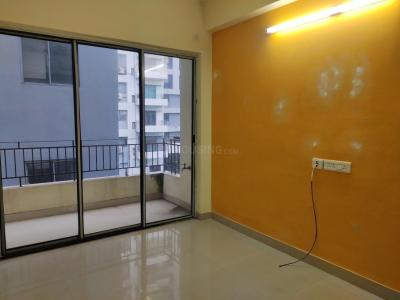 Gallery Cover Image of 1160 Sq.ft 2 BHK Apartment for rent in Rohra Heights, New Town for 18000