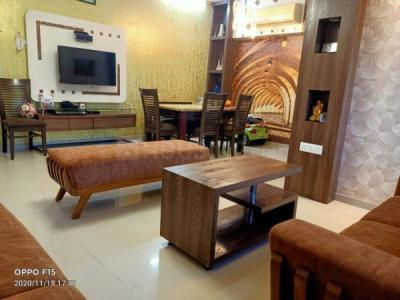 Gallery Cover Image of 1080 Sq.ft 2 BHK Apartment for buy in Kandivali East for 22900000