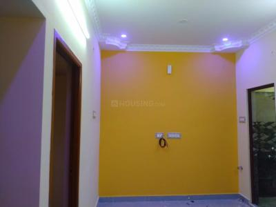 Gallery Cover Image of 650 Sq.ft 2 BHK Independent Floor for rent in Ambattur for 8000