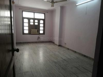 Gallery Cover Image of 900 Sq.ft 3 BHK Apartment for rent in Patel Nagar for 30000