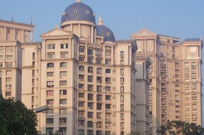 Gallery Cover Image of 1050 Sq.ft 2 BHK Apartment for buy in Powai for 30000000