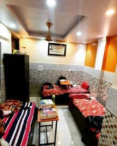 Living Room Image of Shri Krishna Pg(for Boys) Laxminagar in Laxmi Nagar
