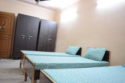 Bedroom Image of Keshav PG in Sector 18