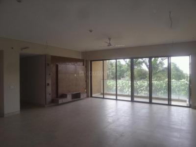 Gallery Cover Image of 2770 Sq.ft 3 BHK Apartment for buy in Advantage Pebble Bay, RMV Extension Stage 2 for 32000000