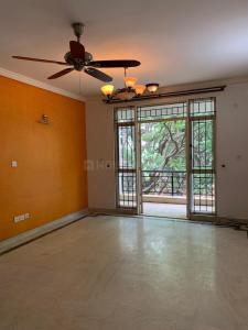 Gallery Cover Image of 1775 Sq.ft 3 BHK Apartment for rent in Cooke Town for 52000