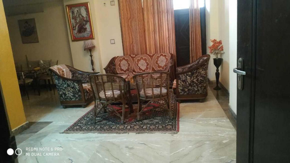 Living Room Image of PG 4272352 Kala Patthar in Kala Patthar