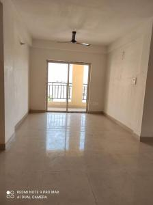 Gallery Cover Image of 1365 Sq.ft 3 BHK Apartment for rent in Loharuka Green Heights, Rajarhat for 17000