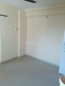 Gallery Cover Image of 340 Sq.ft 1 BHK Apartment for rent in Malad West for 14500