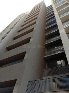 Gallery Cover Image of 1465 Sq.ft 3 BHK Apartment for rent in Bopal for 18000