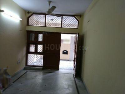 Gallery Cover Image of 1300 Sq.ft 2 BHK Independent House for rent in Ashok Vihar for 26000