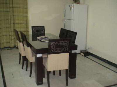 Gallery Cover Image of 3000 Sq.ft 3 BHK Independent Floor for buy in Green Park for 30000000