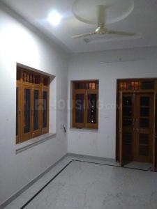 Gallery Cover Image of 1800 Sq.ft 3 BHK Independent Floor for rent in Khema-Ka-Kuwa for 14000
