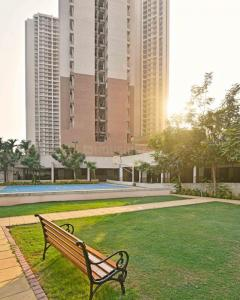 Gallery Cover Image of 1250 Sq.ft 2 BHK Apartment for buy in Panvel for 6400000