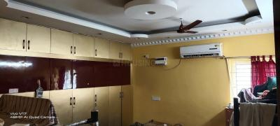 Gallery Cover Image of 2500 Sq.ft 4 BHK Apartment for rent in Velachery for 50000