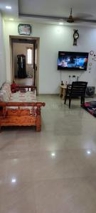 Gallery Cover Image of 1300 Sq.ft 2 BHK Independent Floor for buy in Medavakkam for 7500000