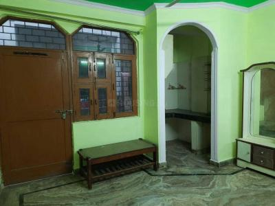 Gallery Cover Image of 220 Sq.ft 1 BHK Independent House for rent in Govindpuri for 8500