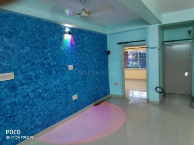 Gallery Cover Image of 1300 Sq.ft 3 BHK Apartment for rent in Santoshpur for 18000