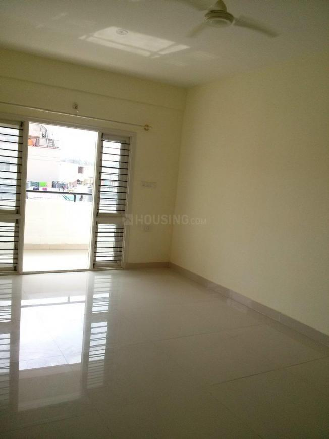 Living Room Image of 1750 Sq.ft 3 BHK Apartment for buy in Kadugodi for 6500000