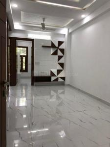 Gallery Cover Image of 1300 Sq.ft 3 BHK Apartment for buy in Gyan Khand 3, Gyan Khand for 6500000