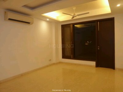 Gallery Cover Image of 1800 Sq.ft 3 BHK Independent Floor for buy in Vasant Kunj for 33000000