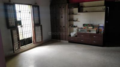Gallery Cover Image of 2400 Sq.ft 3 BHK Apartment for rent in Medavakkam for 14500