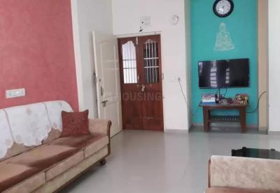 Gallery Cover Image of 2000 Sq.ft 2 BHK Apartment for rent in Ghatlodiya for 18000