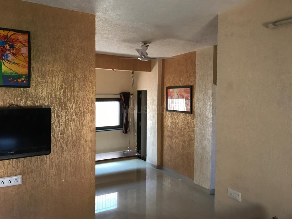 Living Room Image of 1600 Sq.ft 3 BHK Apartment for rent in Thaltej for 31000