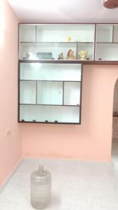 Gallery Cover Image of 800 Sq.ft 2 BHK Apartment for rent in Doshi Sri Mahalakshmi Apartments, Adambakkam for 15000