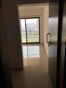 Gallery Cover Image of 1220 Sq.ft 2 BHK Apartment for rent in Kondhwa for 19000