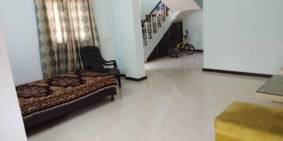 Gallery Cover Image of 1260 Sq.ft 2 BHK Apartment for rent in Omega II Greater Noida for 10000
